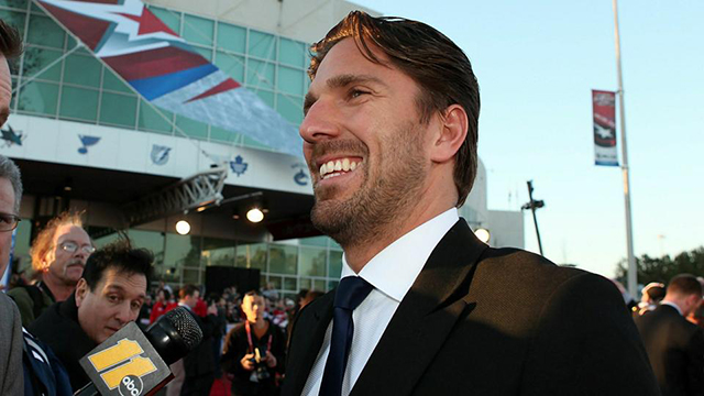 Henrik Lundqvist Can T Stop Sharing The Secret To His Perfect Hair